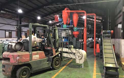 200-300kg/h medical blister recycling machine sold to Taiwan