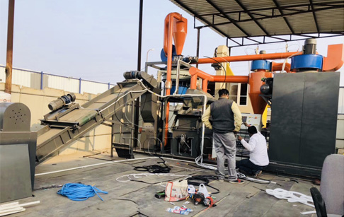 One set PCB recycling machine began to be installed in India